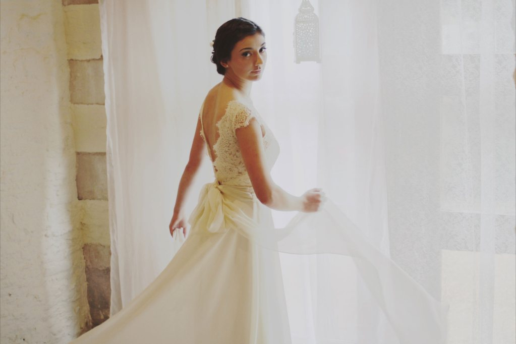 23 brave wedding dress shops in bath for Wedding dress stores orange county