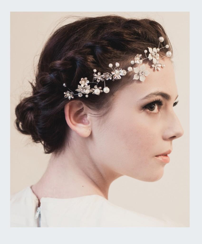 Brooke - Dainty Flower Crystal Hairvine