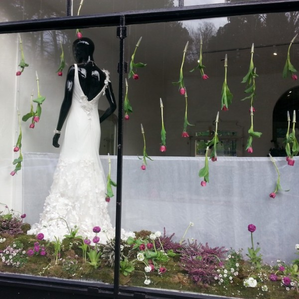 Wedding Gown Display: Twelve Window Displays In Bath Wedding Dress Shop