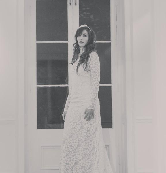 Honesty - Full lace dress with silk slip