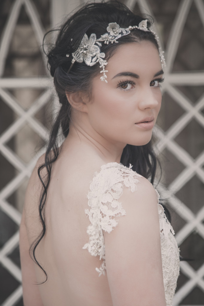 Nephne - Organza Lace Floral Headdress